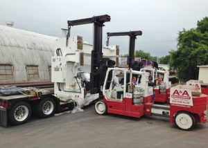 Unloading 660 ton capacity press brake frame with a pair of Versa-Lift™ 40/60's