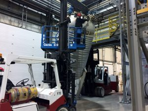 Rigging a tank into place using two 25/35 Versa-Lifts